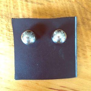 Silpada 925. sterling silver post earrings